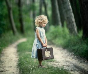 DEDICATA A TE CHE NON RIESCI A SORRIDERE ADESSO… –  di Sara Surti